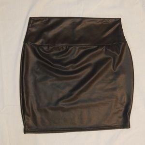 Bebe miniskirt